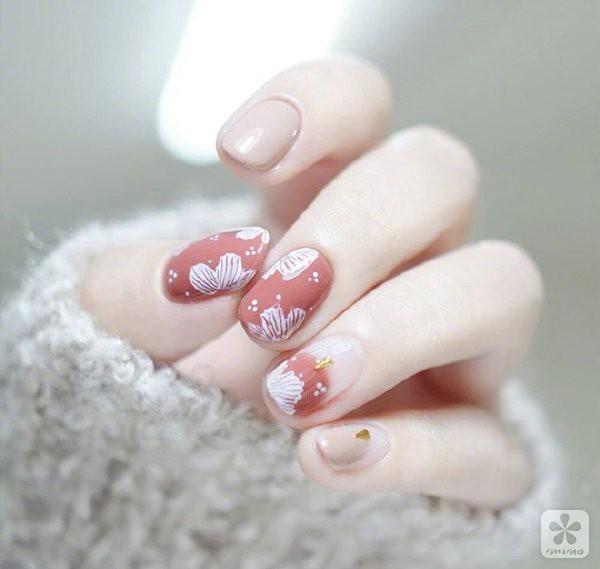 Died Rose Nail Art | 男生最爱的好感度美甲NO.1!15款温柔仙气满分的『干燥玫瑰色系』美甲,超显白唯美色调让你一秒爱上!