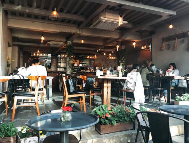 【《花,全部都係花!》—— 浪漫遊首爾之花花咖啡店大特集(上)】