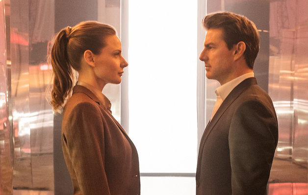 【戲後感】男人一生只認真對待過兩個女人… 是「專情」;到頭來兩個女人都沒有在一起… 又算「負心」嗎?《職業特工隊:叛逆之謎》